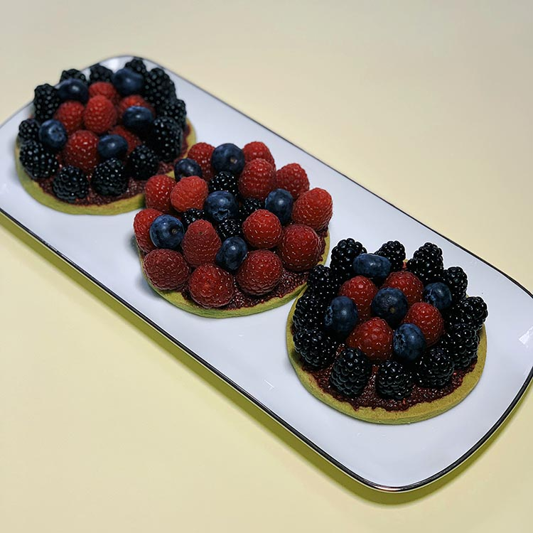 Matcha recipes - berry tartlets